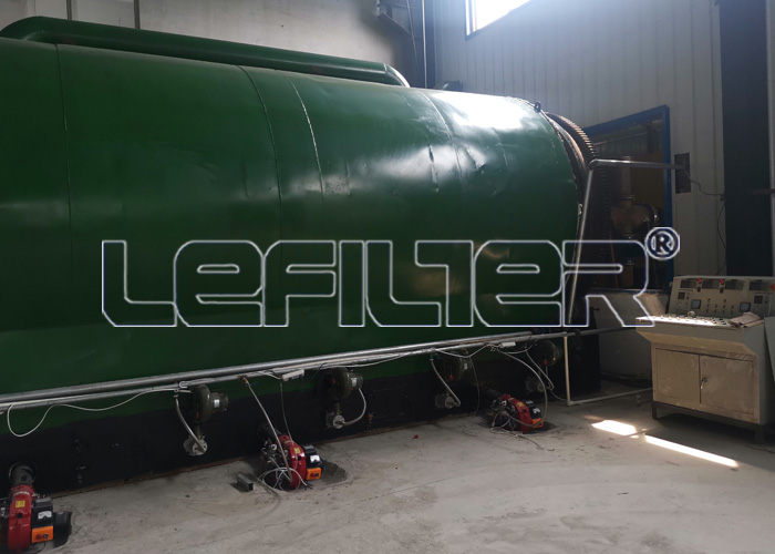 6 tons of waste tire pyrolysis equipment
